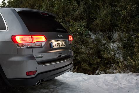 2016 jeep grand cherokee diesel 2016 jeep grand cherokee limited diesel review caradvice