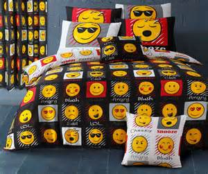 King Size Black Comforter Emoji Smiley Emoticon Reversible Themed Design Bedding