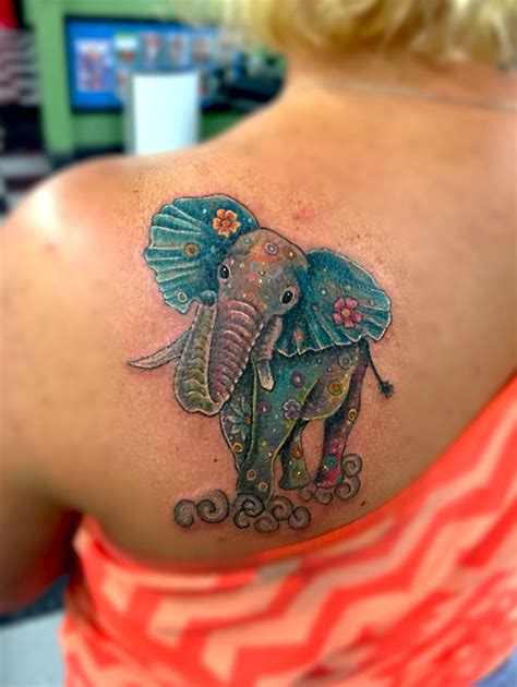 elephant watercolor tattoo best 25 watercolor elephant tattoos ideas on
