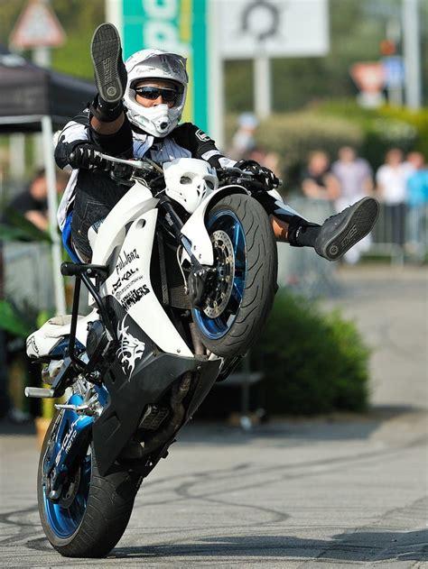 best bike stunts 25 best ideas about stunt bike on sport bikes