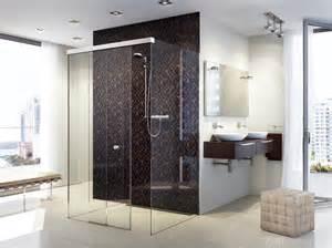 badewanne mit seiteneinstieg duschkabinen glas lange