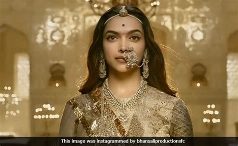 jayasi biography in hindi padmaavat in personal life i fight my own battles says