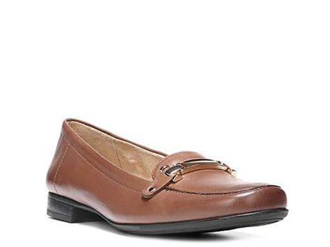 womens loafers dsw naturalizer isobel loafer dsw