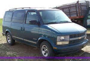 1997 chevrolet astro photos informations articles