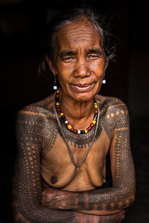 igorot tribal tattoos philippines ghan nao tattooed kalinga boracay