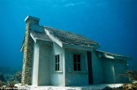 underwater houses must sea property artist 191 s underwater homes create submerged city for those who want