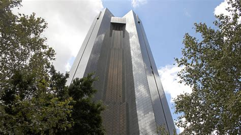 south reserve bank south africa s central bank to sell shares of investors