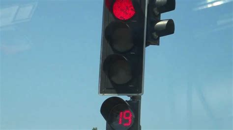 countdown timer with light traffic lights countdown timer