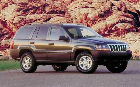 recent jeep recalls chrysler recalls 919 000 vehicles jeeps including 49 000