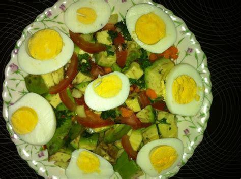 cuisiner les avocats salade d avocats les saveurs culinaires exotiques de yaba