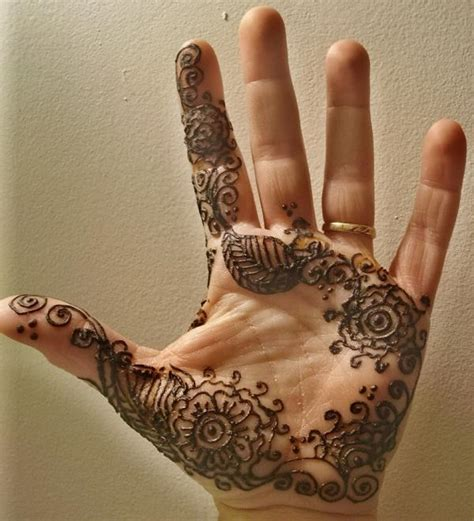 henna tattoo on hands pictures henna tattoos on