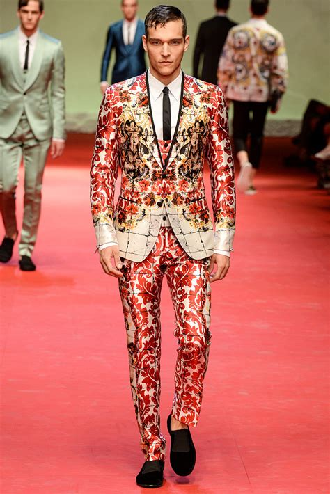 The Femme Suit Couture In The City Fashion by Dolce Gabbana 2015 Summer Collection For Adworks Pk