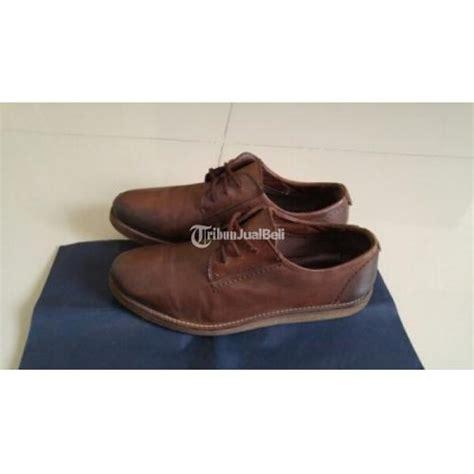 Sepatu Zara sepatu zara size 44 warna brown bahan kulit
