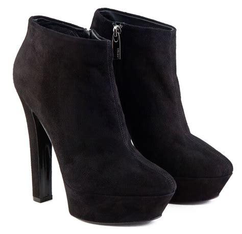 25 best ideas about high heels on disney