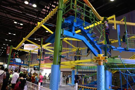 theme park expo iaapa 2015 in photos massive amusement park convention