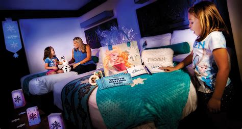 disney in room gifts new gift packages bring frozen to your disney resorts room 171 disney parks