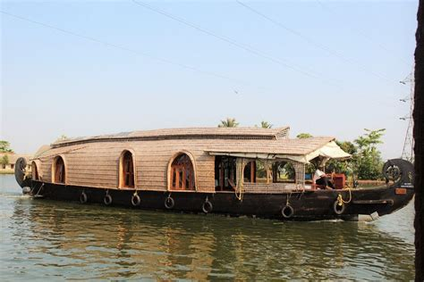 kerala boat house location kerala travelogue with an amazing houseboat experience