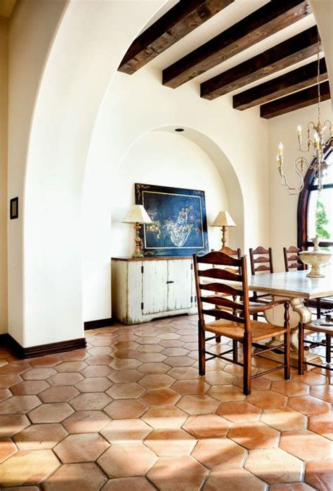 interior spanish style homes best 25 spanish style interiors ideas on pinterest