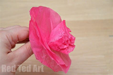 How To Make Tulips Out Of Tissue Paper - tissue paper flower lollipops ted s