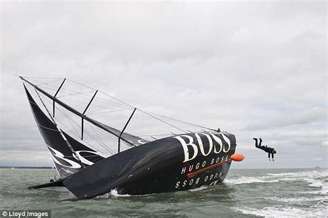 zeilboot james bond real life james bond alex thomson performs the keel walk