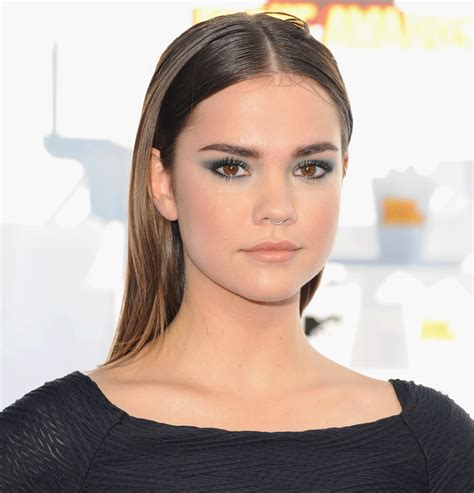 how to do hair like maia mitchell wavy maia mitchell finds a hilarious use for hair extensions
