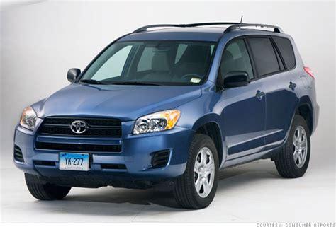 Consumer Reports: Top car picks   Small SUV: Toyota Rav4 (4)   CNNMoney