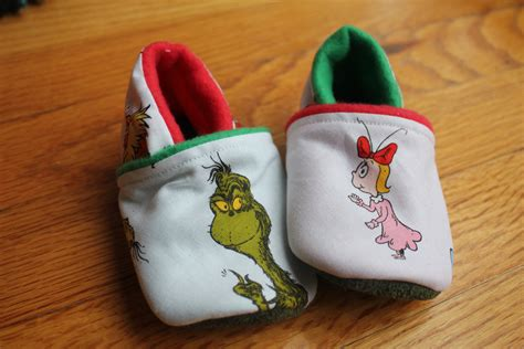 dr seuss grinch slippers grinch slippers 28 images free next day dr seuss