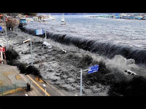 sinking all boats without warning 35 best images about حوادث كارثية on pinterest malaysia