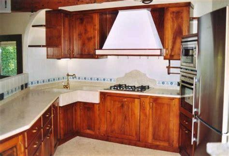 lavello ad angolo dimensioni cucine con lavelli angolari termosifoni in ghisa scheda