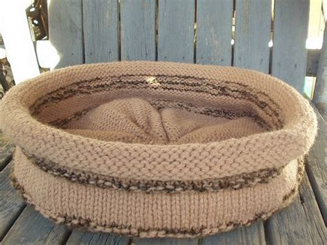 free knitting pattern cat bed cat bed knitting yarn stitches tutorials a bit of