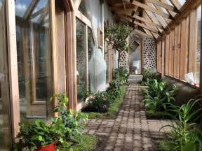 Homes Built Into Hillside Earthships The Future Of Sustainable Living The Fetch Blog