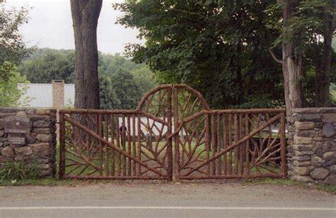 Backyard Cottage Plans Rustic Garden Fencing Amp Gates Wooden Deck Amp Log Porch