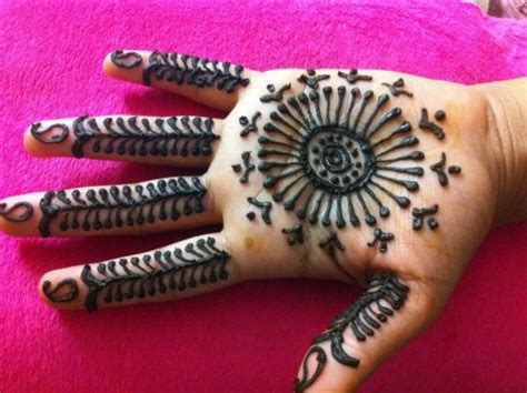hire henna art by sapna henna tattoo artist in little