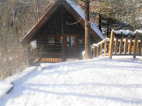 Cabins For Rent In Gatlinburg Tn By Owner by Attention Honeymooners Sweethearts Homeaway Gatlinburg