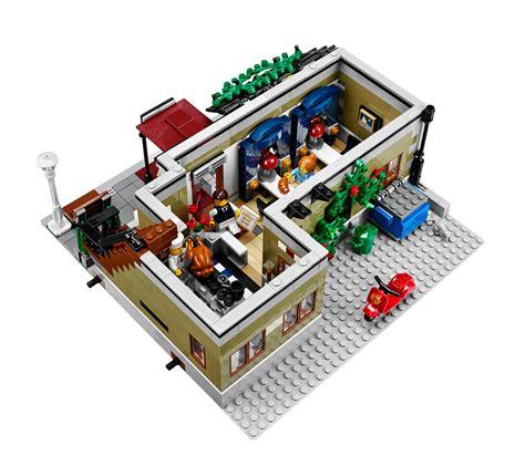 amazon lego amazon com lego creator expert 10243 parisian restaurant
