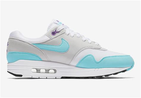 Nike Airmax Purple Code N06 nike air max 1 anniversary 908375 105 sneakernews