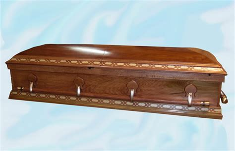 Handmade Coffins - affordable handmade pine caskets