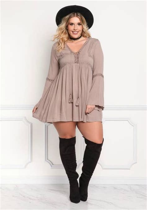 whats in atyle for the plus size gurl plus size fashion on a budget yes the curvy fashionista