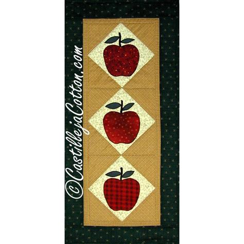 quilt pattern maker app apple table runner quilt pattern 2159 1 by dianemcgregor