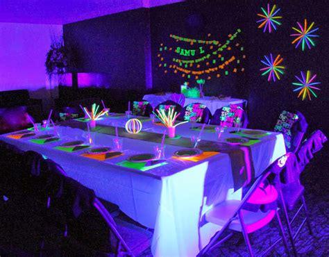 blacklight dinner threelittlebirds events neon glow in the birthday