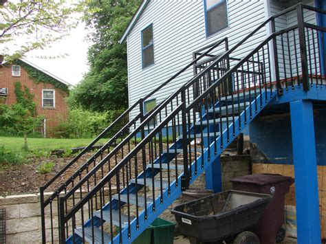Economical To Build House Plans by Outdoor Stair Stringers By Fast Stairs Com