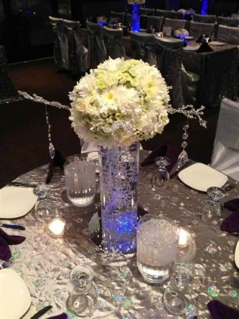 Vase Centerpieces by Wedding Centerpieces With Cylinder Vases Wedwebtalks