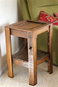 Pallet Side Table Diy Recycled Pallet Side Table 101 Pallets