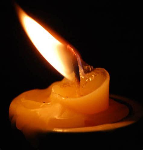 candela spenta quellochenon t hodetto verba volant scripta manent