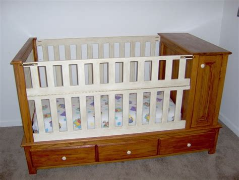 Interior Efficacious Diy Baby Crib For Young Couple Diy Baby Crib Plans