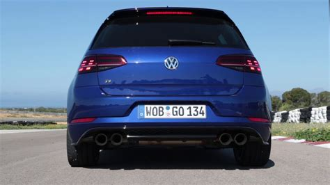 Vw Golf R Performance by Vw Golf R Performance With Akrapovic Exhaust Revving And