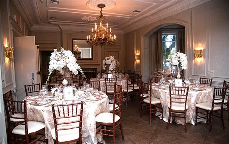 Brampton Wedding Decor, DJ, Wedding Cake, Wedding Planners