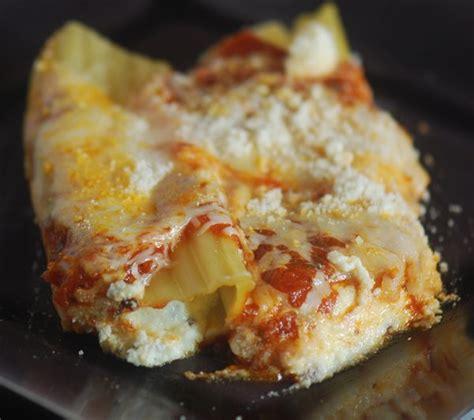 Manicotti Recipe With Cottage Cheese by Cheese Stuffed Manicotti Recipe Diaries