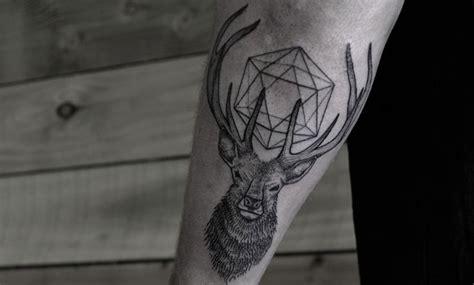 imagenes de tatuajes de venados tatuajes de ciervos y su significado