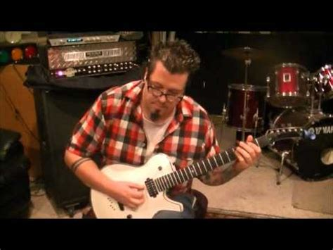 pour some sugar on me guitar lesson def leppard | doovi